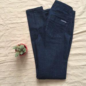 EUC Calvin Klein Skinny Jean